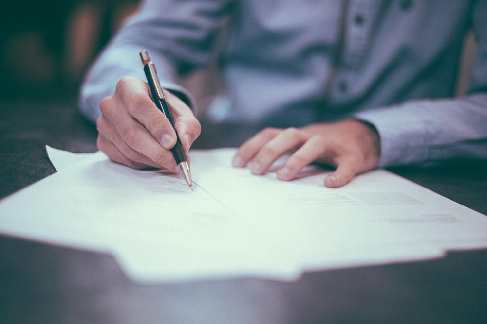 Signer un compromis de vente pour un terrain