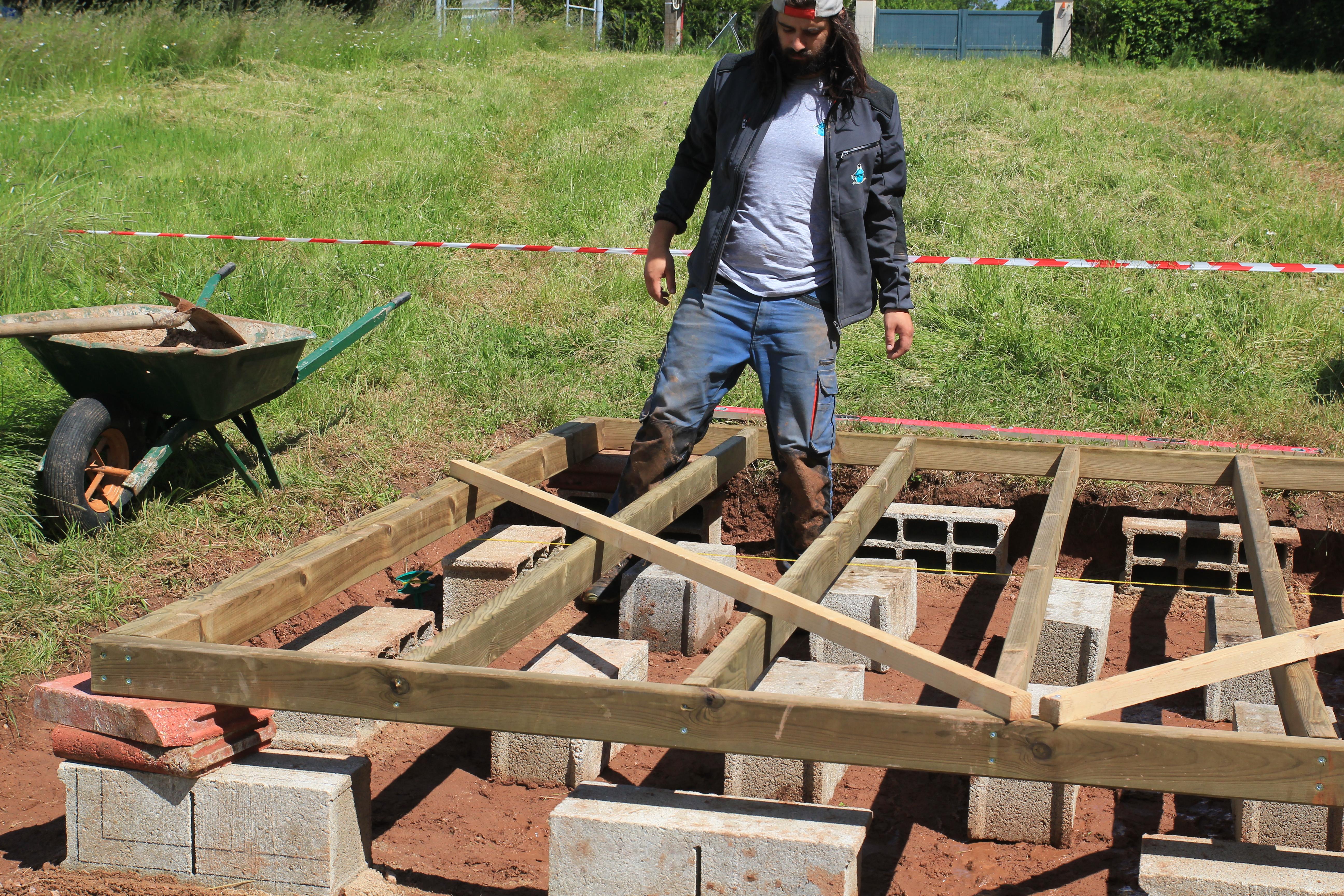 Dalles De Bois Pour Jardin fondations et dalle bois - suite et fin [abri de jardin