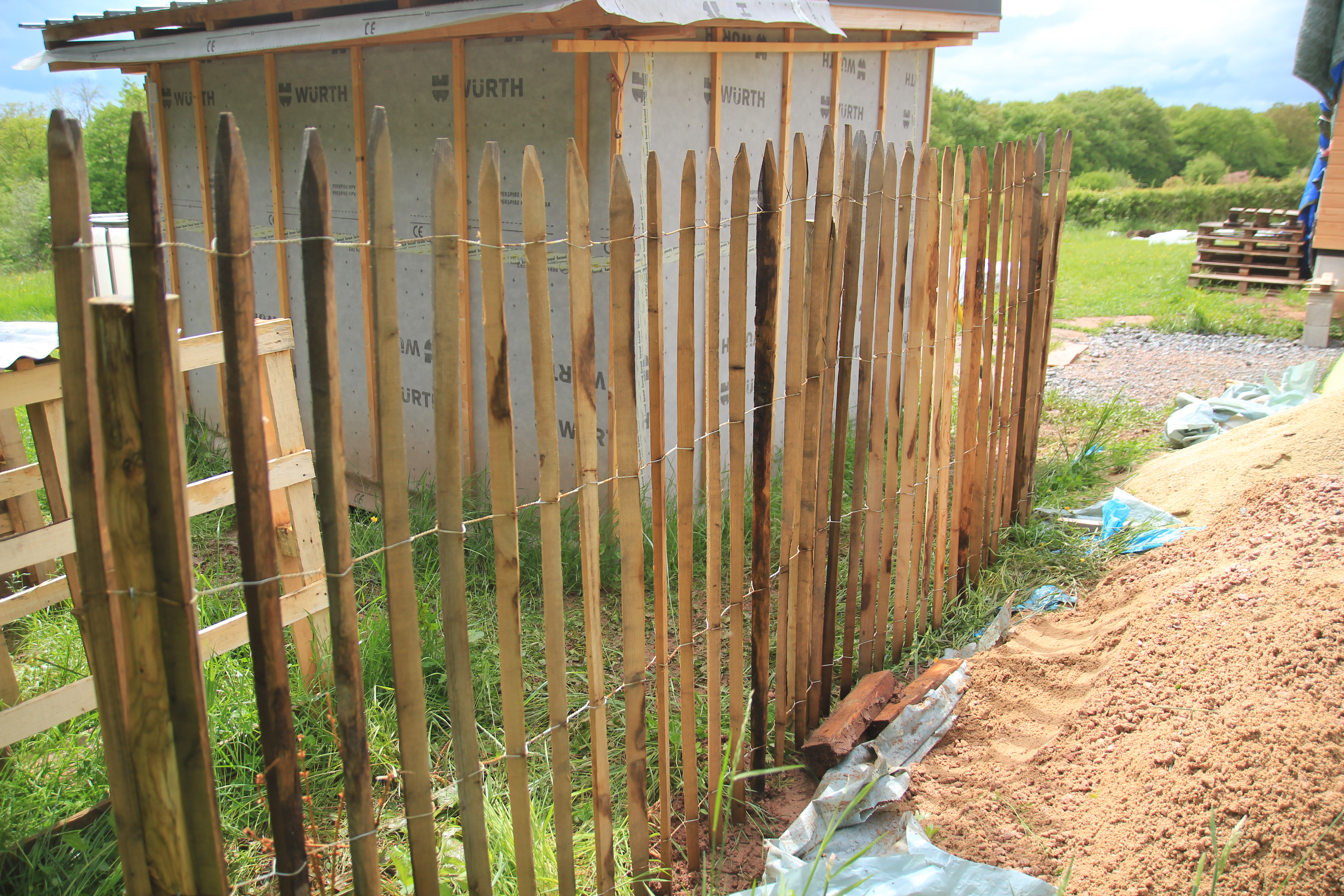 Ganivelle : Mise en place d\'une clôture brise-vue | Comme un ...