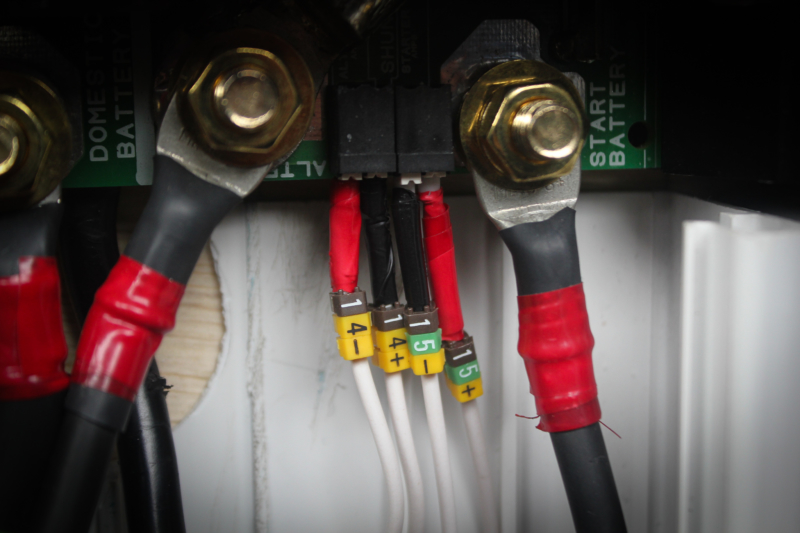 Bague de marquage pour fils et câbles