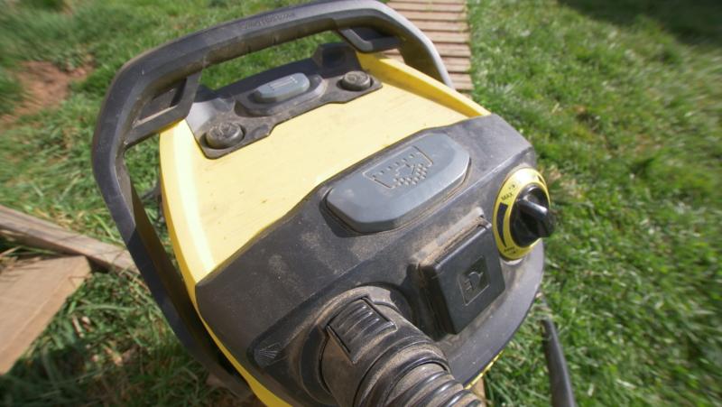 Décolmatage du filtre de l'aspirateur de chantier